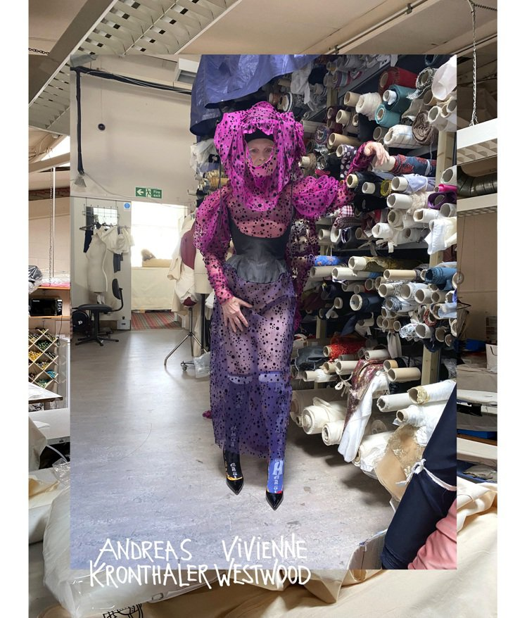在倫敦工作室完成的Andreas Kronthaler for Vivienne...