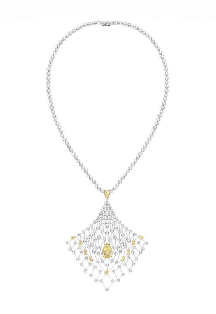 Lacis 18K白金項鍊,約2500萬元。圖/CHAUMET提供