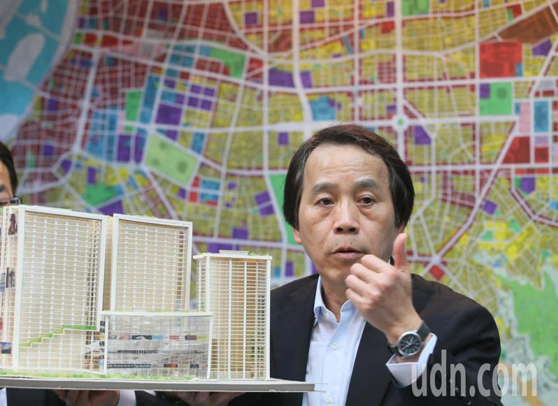 高雄市副市長陳其邁三位副市長中,其中一位是國立交通大學副教授林欽榮。本報資料照片