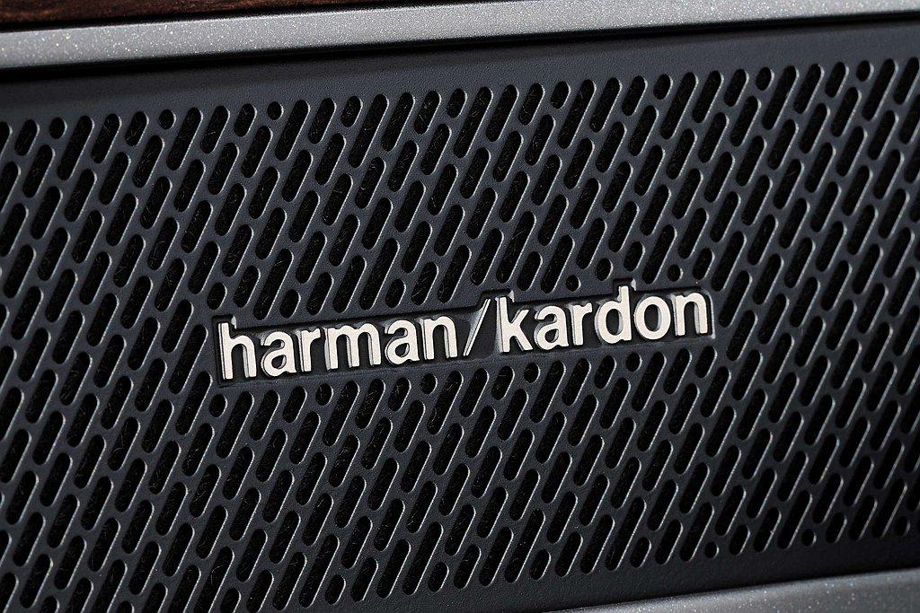 福斯Arteon以149.8萬元起的震撼預售價格登場,11月底前入主330 TS...