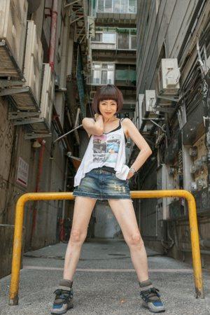 演員李芳雯日走一萬步、喝兩千CC的水。 圖/曾原信 攝影