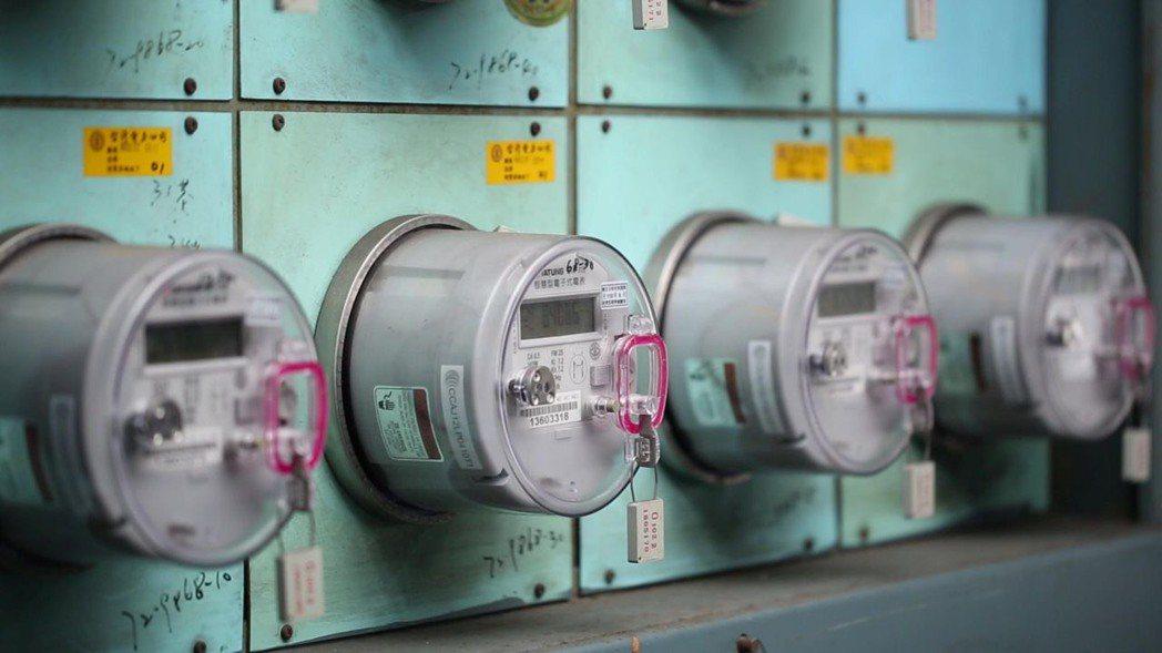 大同智慧電表團隊堅強的研發實力,近年來更研發符合海外電力公司規格要求的智慧電表。...