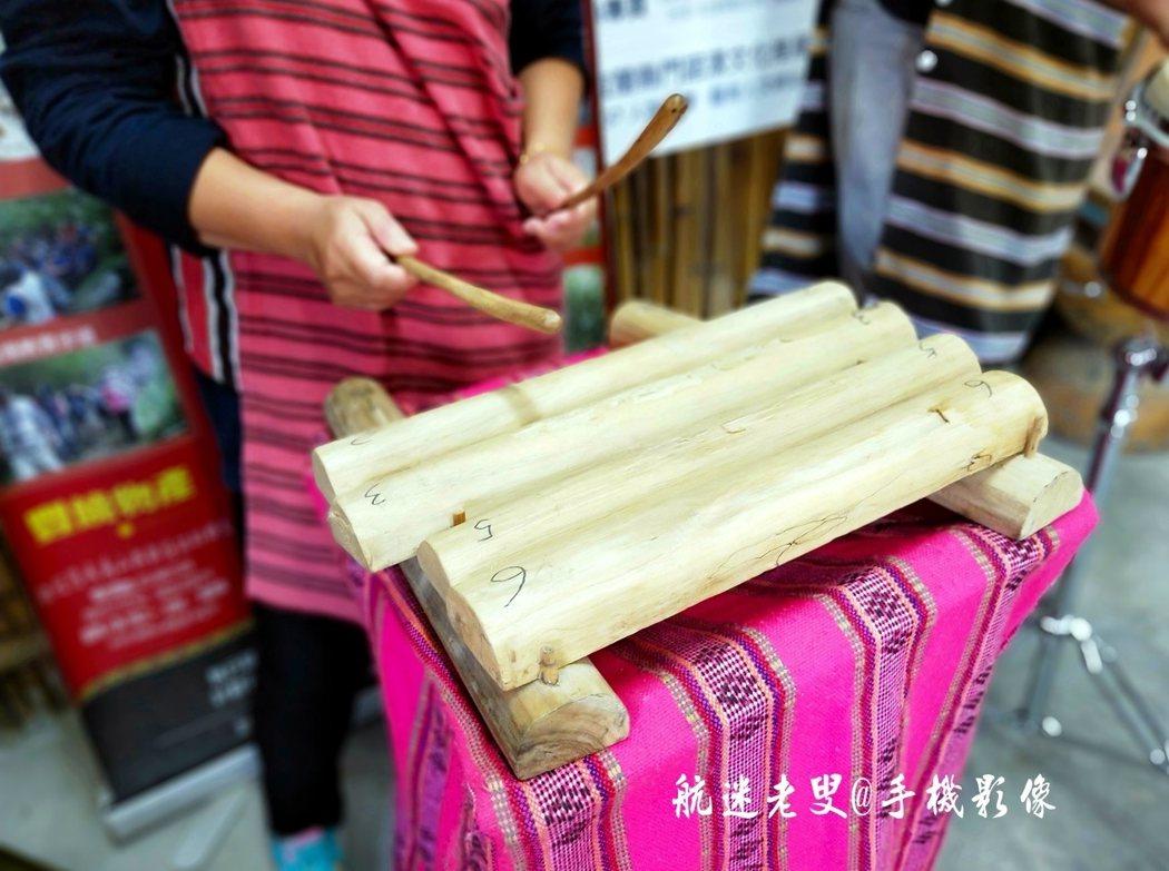 木琴加上節奏音色很好聽,我們部落的音樂也少不了這項傳統樂器。