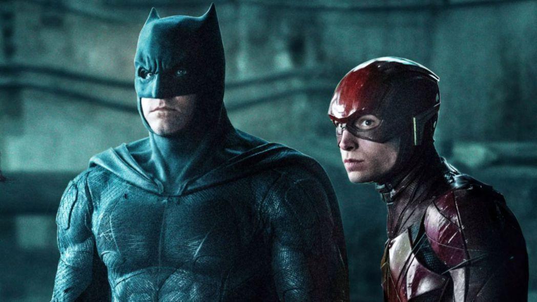 班艾佛列克(左)與伊薩米勒傳將在「閃電俠」電影版再攜手合作。圖/摘自YouTub...