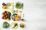 自製沙拉/避免維生素氧化流失 葉菜類用手撕別用刀切