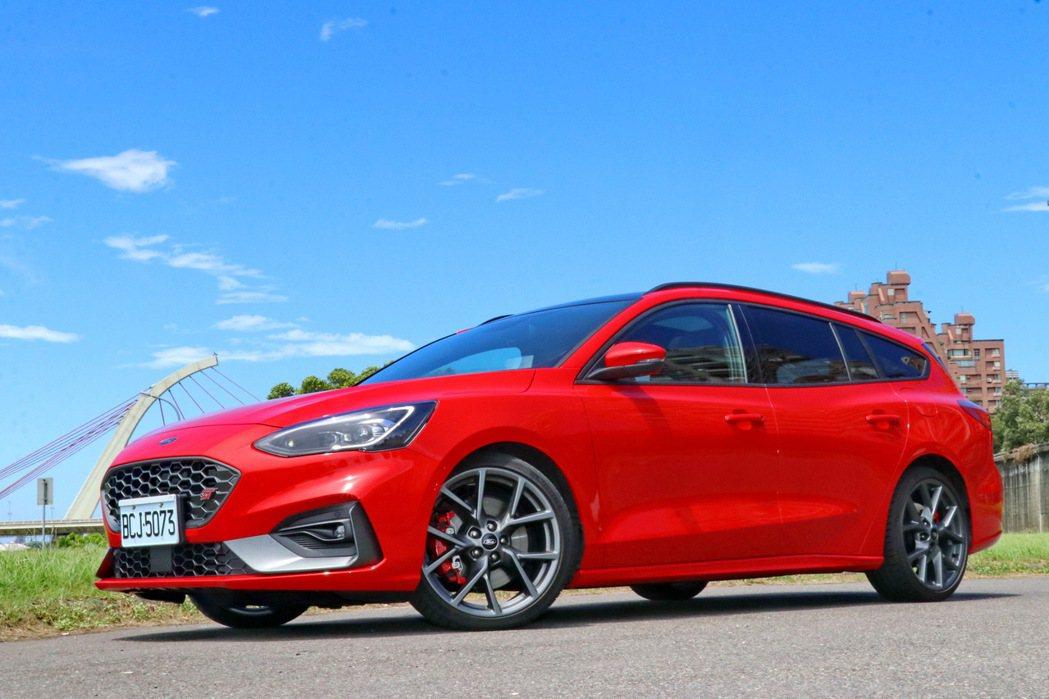 Focus ST Wagon以優異動力及高CP值獲得市場熱烈迴響。 記者陳威任/...