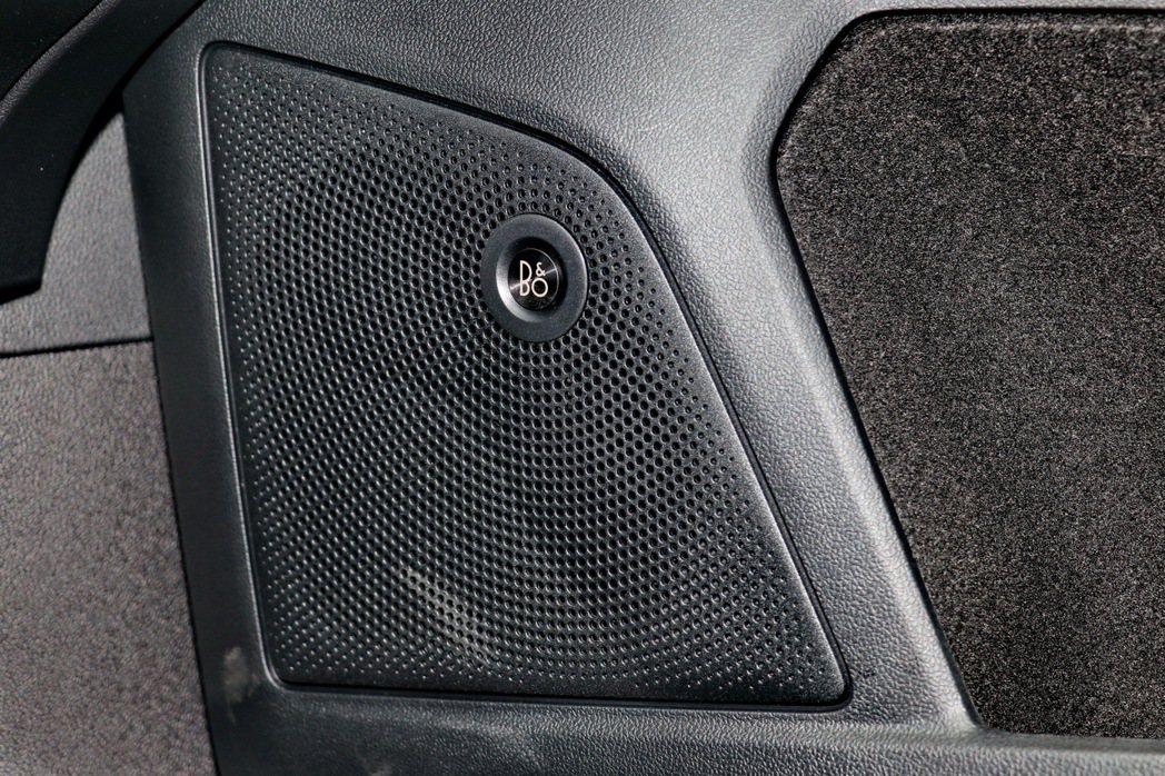 B&O重低音環艙音響。 記者陳威任/攝影