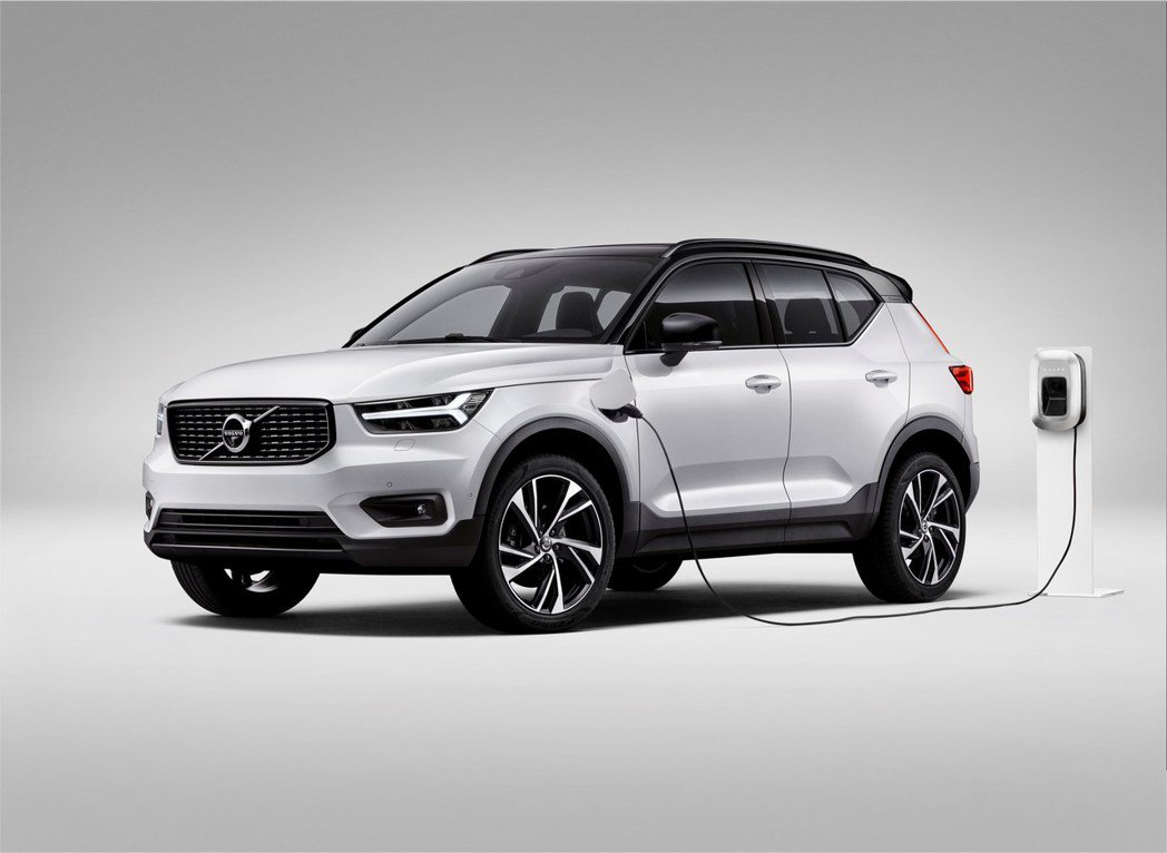 Volvo新增XC40 Recharge Plug-in Hybrid T4入門...