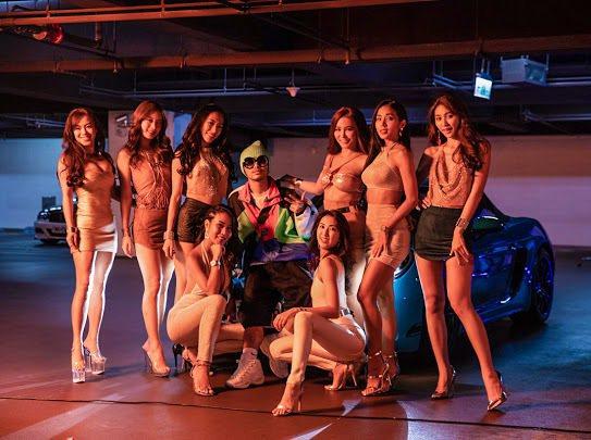 黃明志(中)新歌「不要去Club」,重現復古電音。圖/亞洲通文創提供