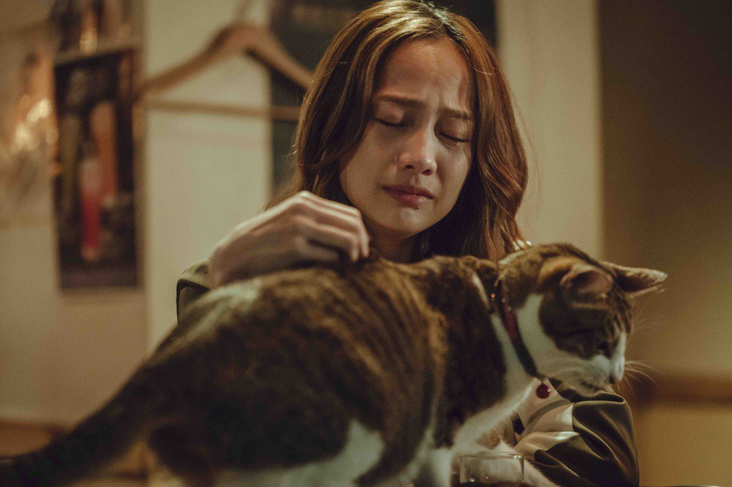 簡嫚書在劇中難過哭崩。圖/LINE TV提供