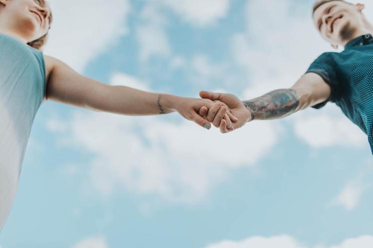 嚮往美輪美奐的愛情,是雙魚座最重要的人生一環,到了晚年,更有著幸福夫妻的營造。圖...
