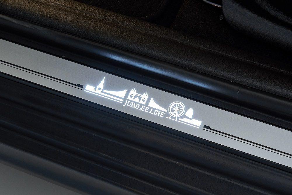MINI Jubilee Line LED迎賓門檻。 圖/汎德提供