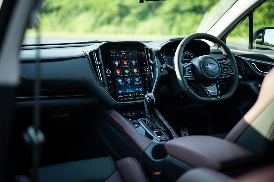 12.3吋數位儀表板搭配 11.6吋大型觸控螢幕內裝相當迎合現代市場。 摘自Su...