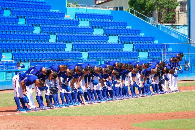 2020未來之星對抗賽持續展開,U18亞洲青棒錦標賽中華培訓隊(圖)23日在台體大棒球場與業餘合作金庫成棒隊交手,U18中培隊終場以0比2吞敗。(中華民國棒球協會提供)