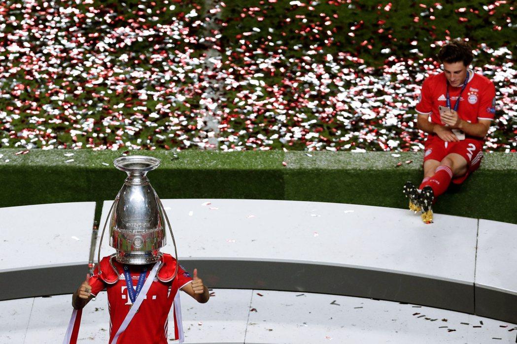 儘管最後是拜仁慕尼黑拿下了冠軍,歐足壇暫時又可以暫時不用認真思考PSG「財閥國家...