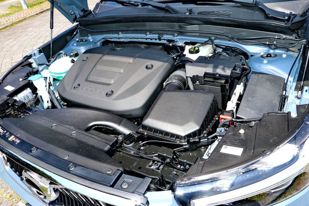 全新的1.5升三缸缸內直噴渦輪引擎是Drive-E高效能引擎家族的最新成員。 記...