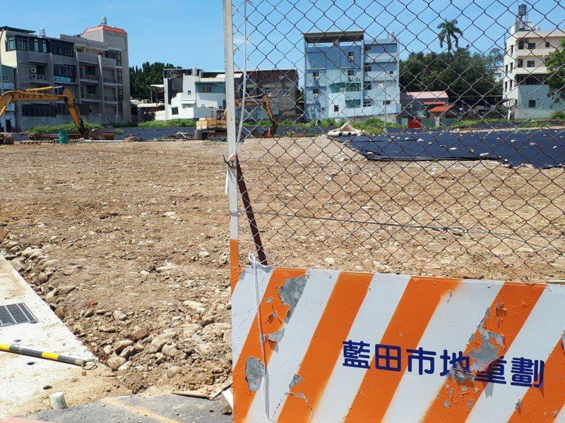 南投縣藍田街市地重劃工程開發總經費近9000萬元,預計今年9月可望完工。記者賴香珊/攝影