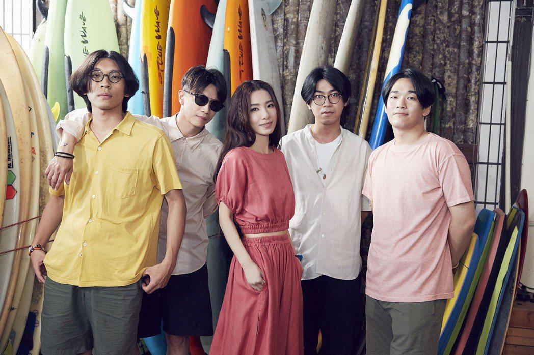 田馥甄主動提起想邀請deca joins為新專輯寫歌。圖/何樂音樂提供