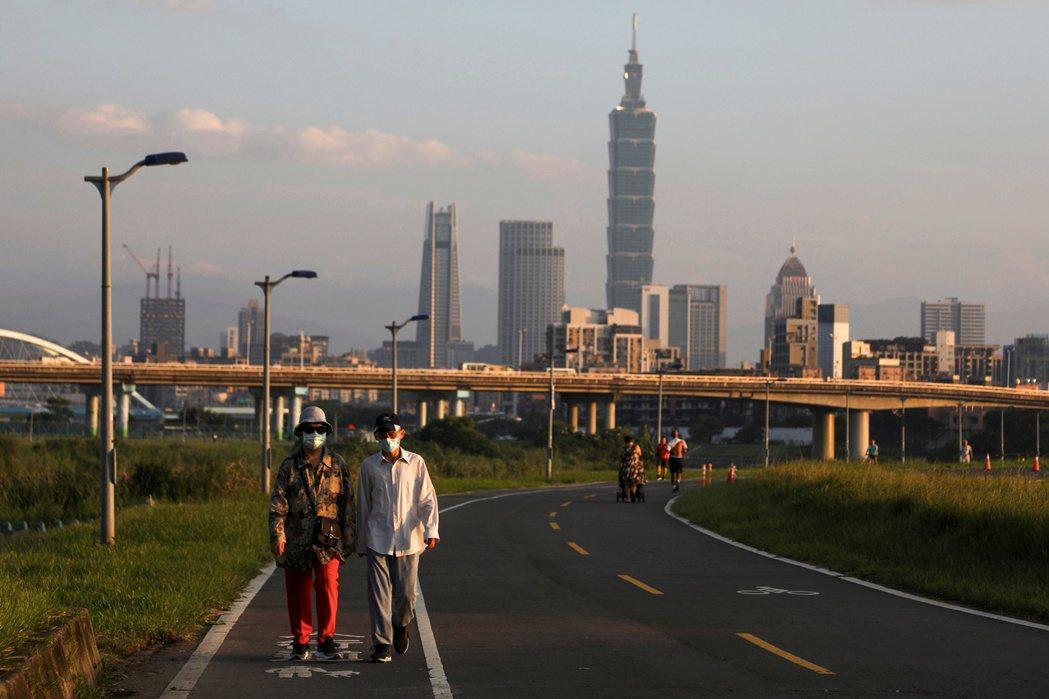 本文嘗試從各國發展經驗談起,並指認台灣於21世紀興辦社會住宅的特殊性。 圖/路透社