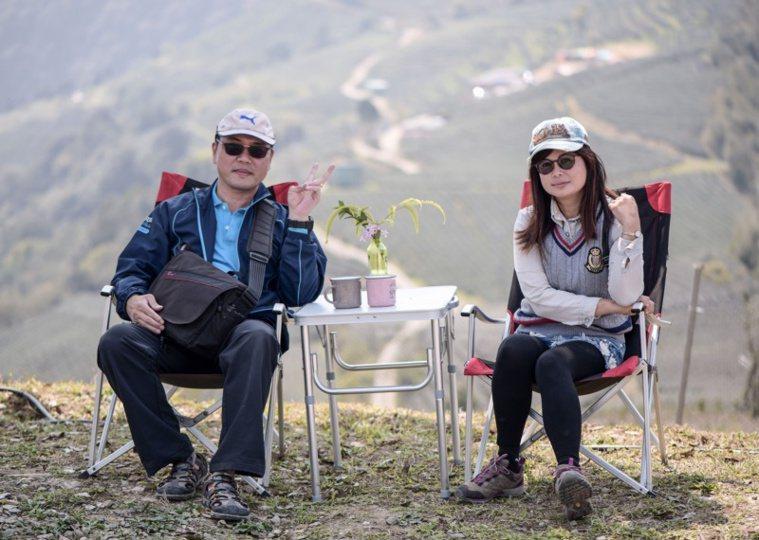 蔡宗武退休後常帶妻子遊山玩水,一起透過相機記錄「平凡相依、築夢踏實」的美感。 圖...