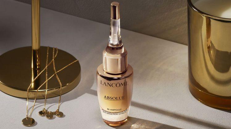 蘭蔻絕對完美黃金玫瑰超導修護安瓶/12ml/6,500元。圖/蘭蔻提供