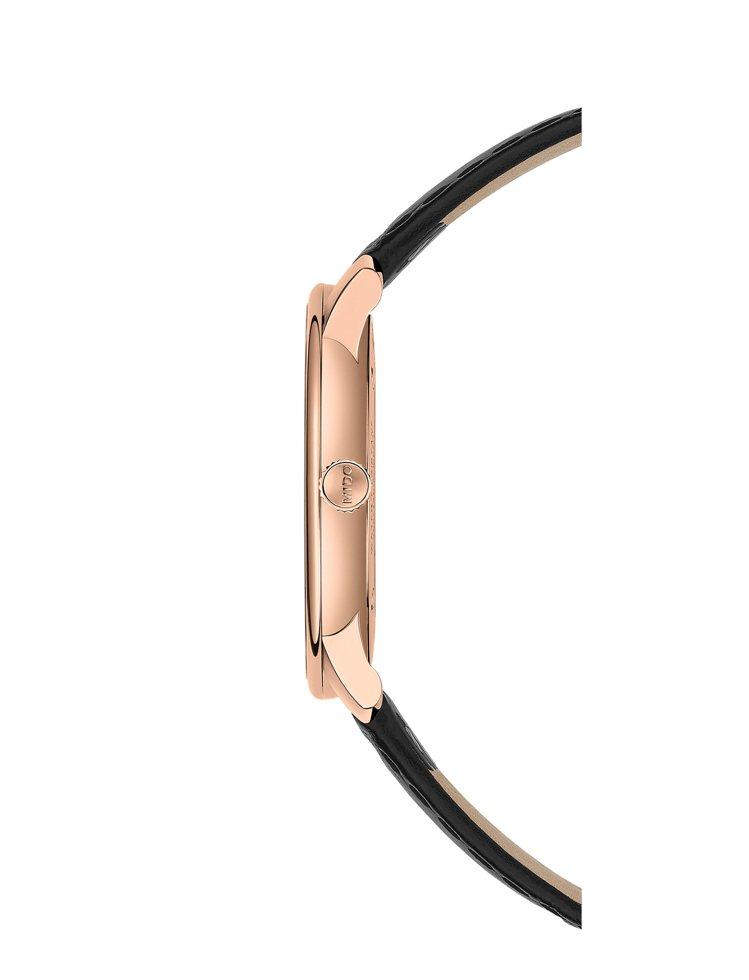 ETA 7001手上鍊機芯僅2.5毫米,是這枚手上鍊腕表纖薄的關鍵之一。圖/MI...