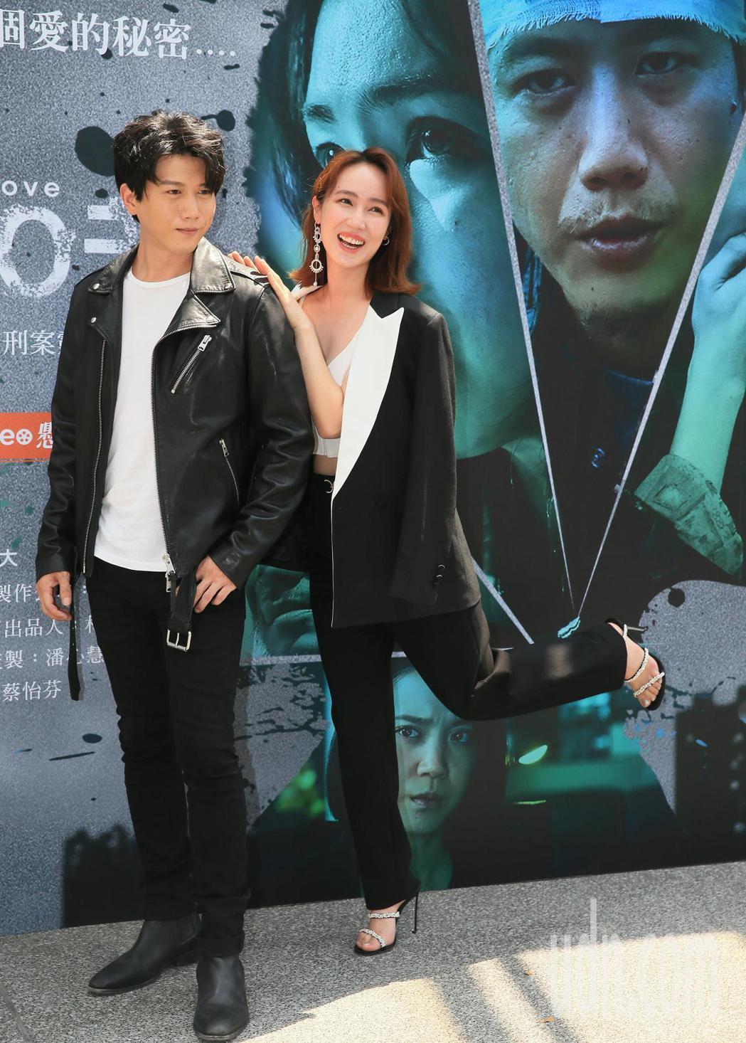 莫子儀(左)、小薰主演「追兇500 天」。記者潘俊宏/攝影