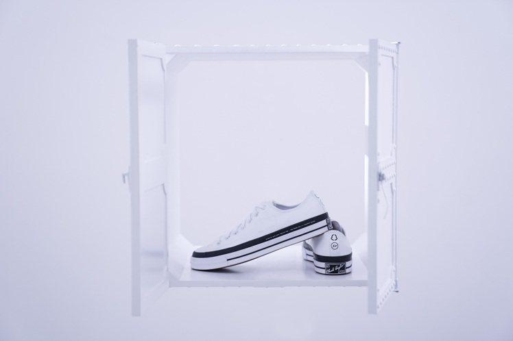 7 Moncler Fragment + Converse Chuck 70鞋4...