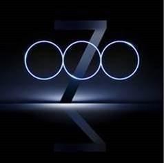 在PChome的華碩賣場,悄悄放上一張有「三個圈和一個7」的ZenFone7神秘宣傳圖。圖擷自PChome