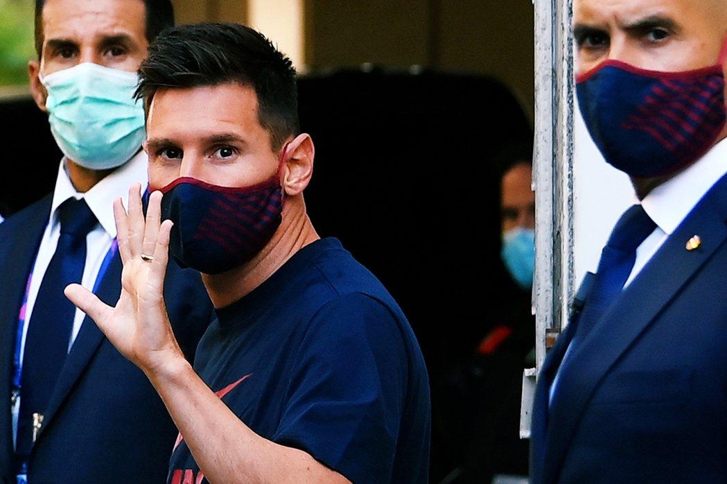 在賽季疫情解禁重啟前,巴塞隆納也曾試圖以輿論壓力逼迫梅西等一線隊球員「共體時艱....