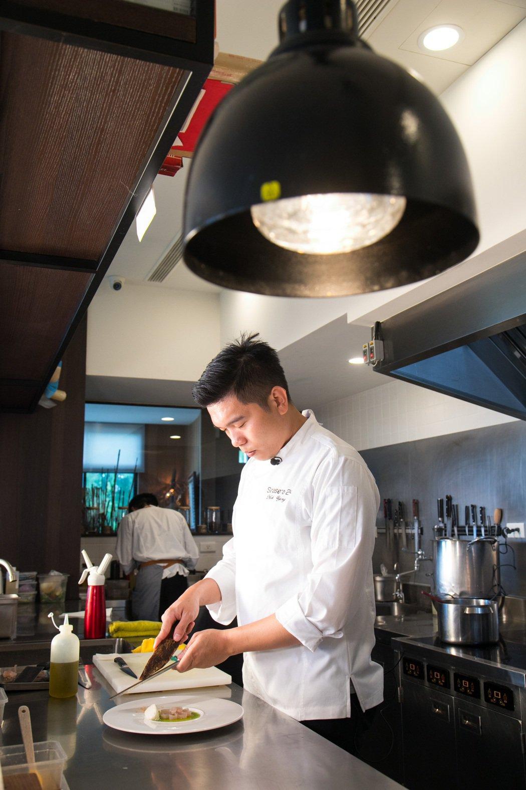 楊柏偉設計菜單時秉持以食材為主角。記者陳立凱/攝影