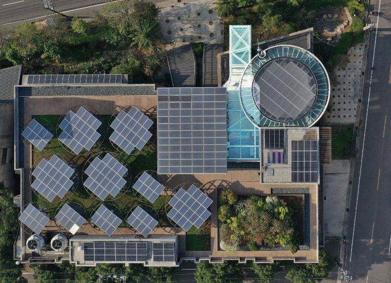 歐萊德總企業總部是知名綠建築,圖為俯瞰圖。 業者/提供