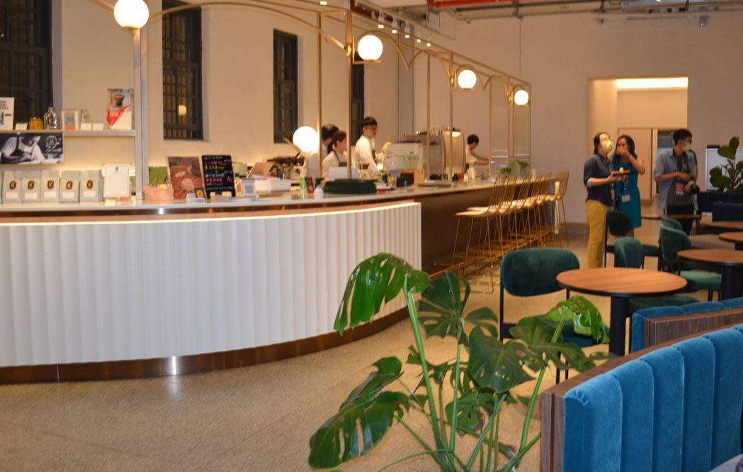 溫故知新咖啡廳室內設計喜獲世界兩大獎肯定。  陳慧明 攝影