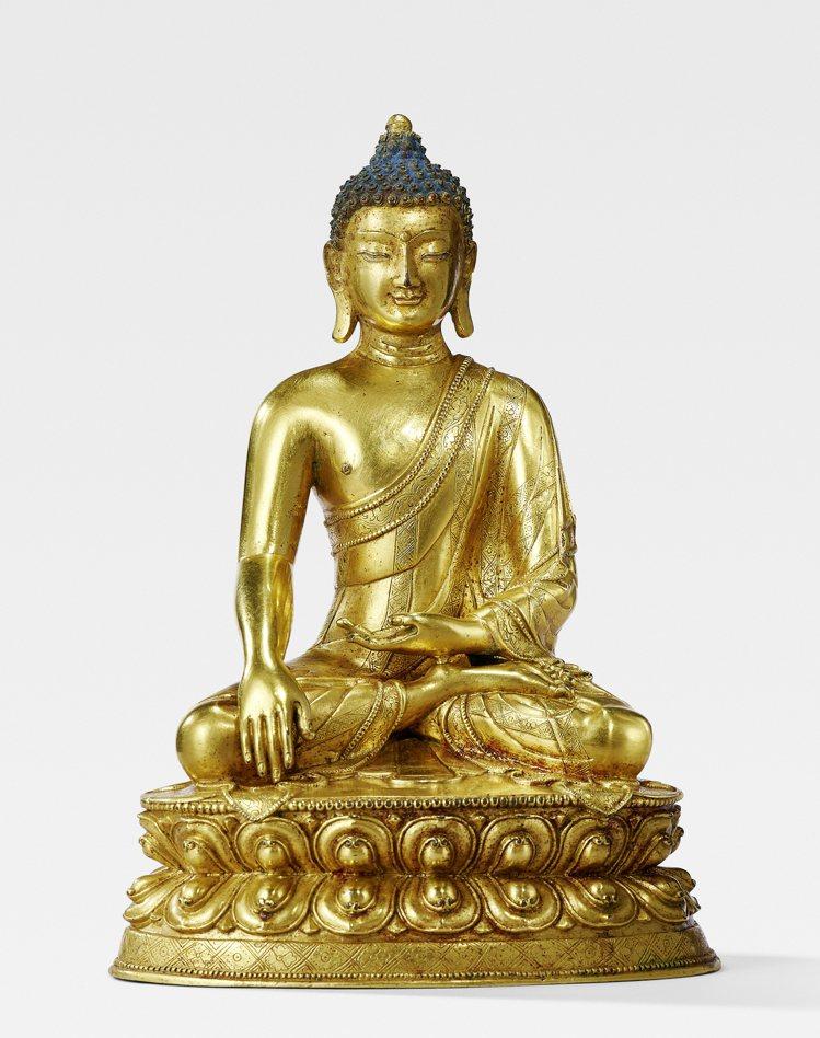 香港「誠虔韻映」專場焦點拍品,西藏十六世紀作銅鎏金釋迦牟尼佛像,估價65萬港元起...