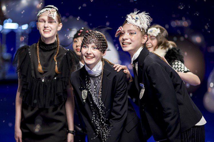 旅行南歐的隨想成了JAMEI CHEN秋冬女裝的概念,如夢境般有趣。圖/JAME...