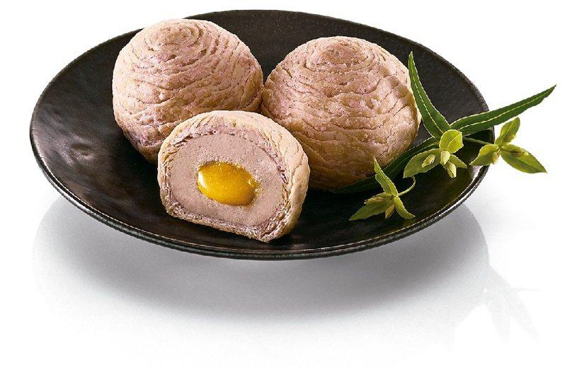 開璽芋見流心禮盒,6入售價570元。圖/全家便利商店提供