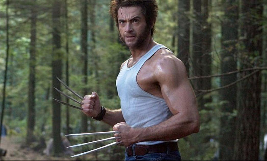 休傑克曼雖然不符合漫畫「金鋼狼」的描述,演出卻受到觀眾喜愛。圖/摘自imdb