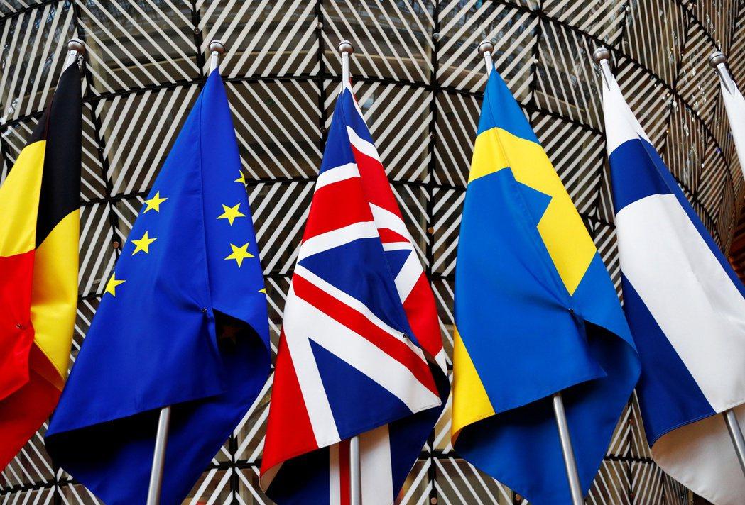 專家認為歐股尚未反映經濟的改善,短期有補漲空間。(路透)