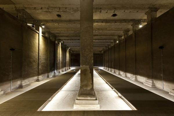 觀音山蓄水池為半地下式結構並設有迂迴型導流壁,內部冬暖夏涼,宛若地下水宮殿。 圖...