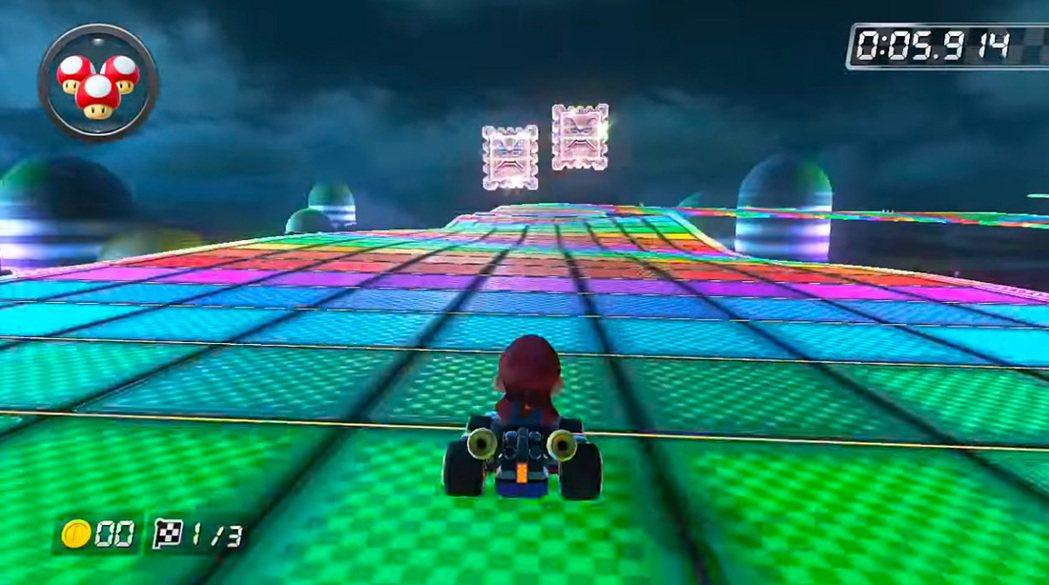 能在各式各樣的賽道上奔馳是瑪利歐賽車的一大樂趣,其中原本是隱藏賽道的彩虹跑道,更...
