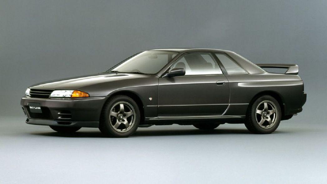 Nissan Skyline GT-R R32。 摘自Nissan