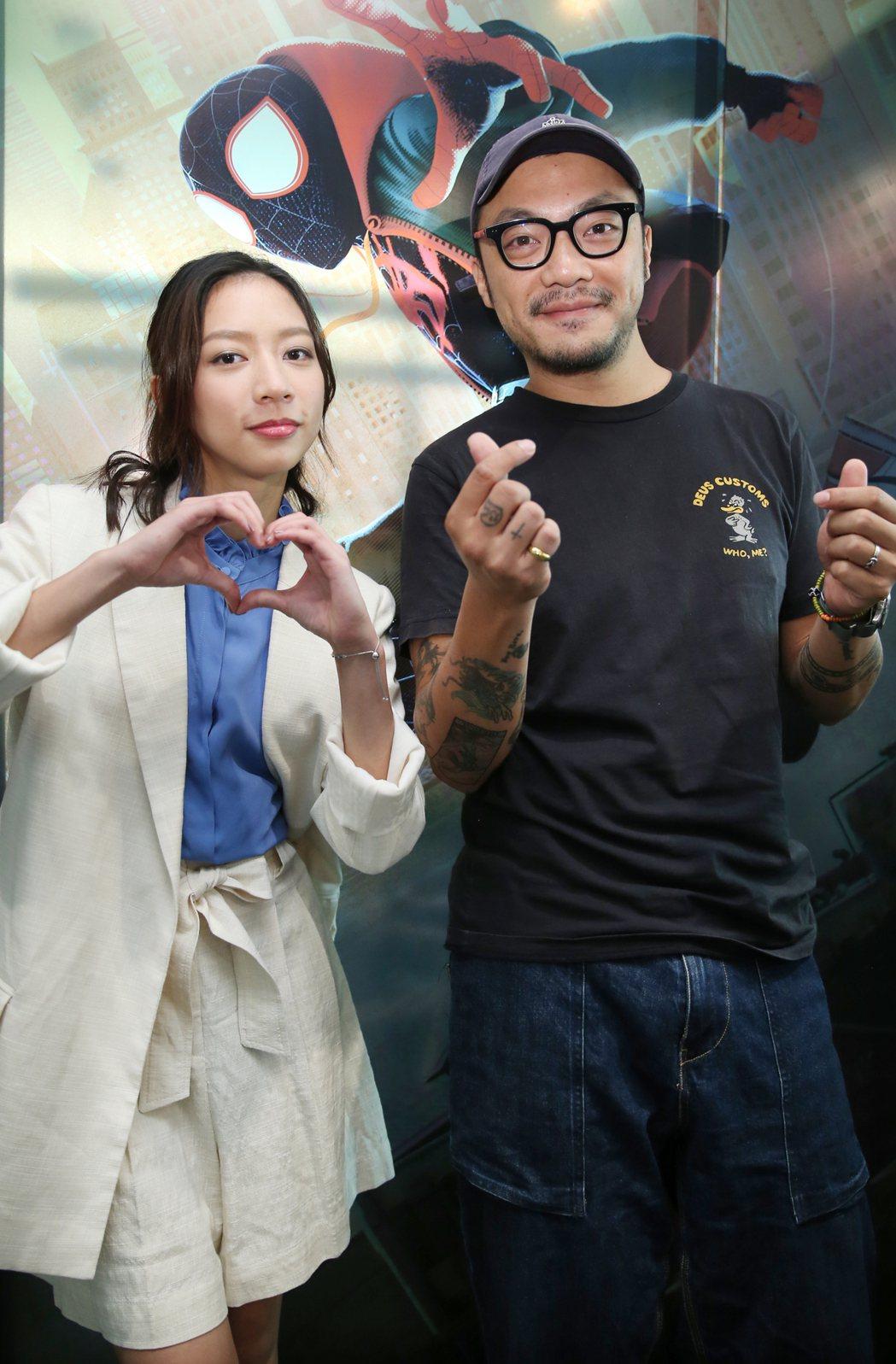 「可不可以 你也剛好喜歡我」導演簡學彬(右)、演員陳妤(左)。記者曾學仁/攝影