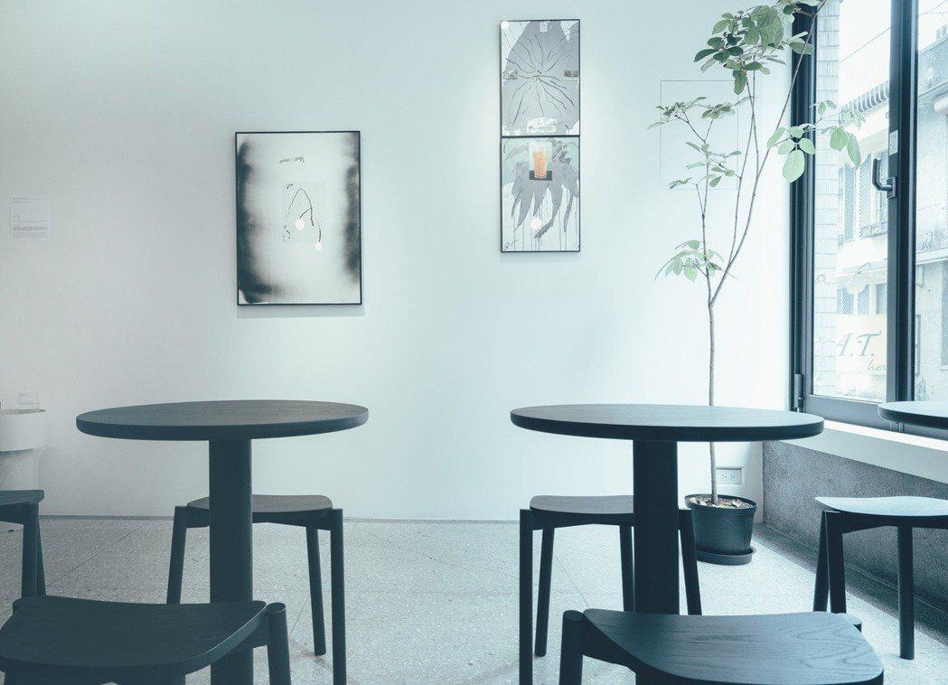 朋丁二樓多了美妙的Pharos Coffee,紅林常常經過喝一杯手沖。 圖/...