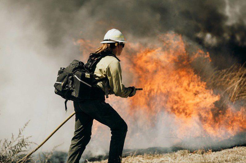 以色列將派特遣打火隊赴加州協助撲滅大火。(Photoby 網路截圖)