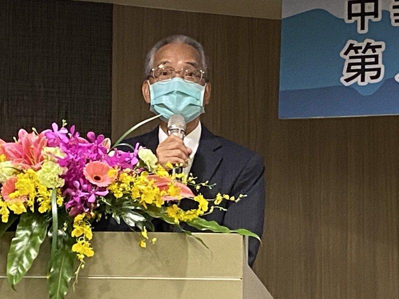 壽險公會理事長黃調貴8月26日在會員大會上致詞身影。記者陳怡慈/攝影