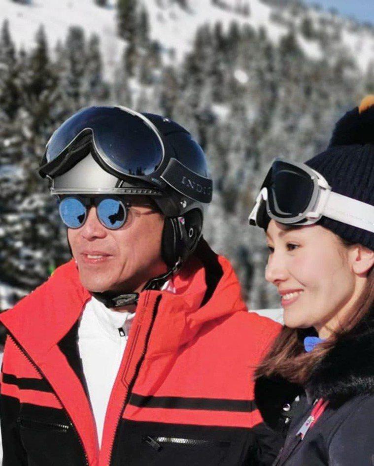 李嘉欣與老公許晉亨。圖/摘自微博