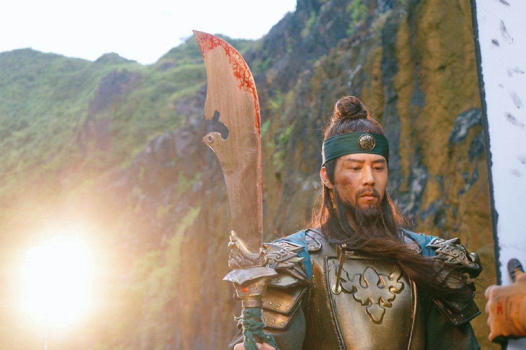胡宇威為了廣告扮關公。圖/寶麗來提供