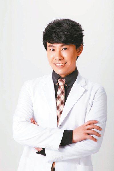 書田診所家庭醫學科主治醫師陳柏臣。 圖/陳柏臣醫師提供