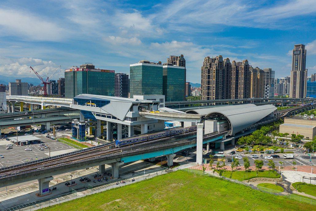新莊大都心擁有桃園機場捷運、新北環狀捷運及新莊捷運三條捷運網絡。圖/冠德建設提供