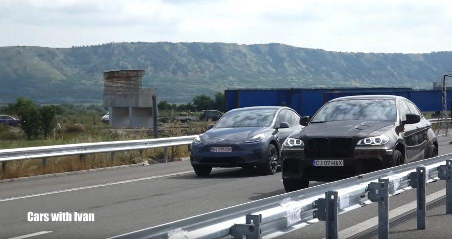 裁自Cars with Ivan影片